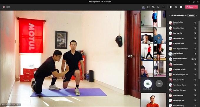 Tập gym online